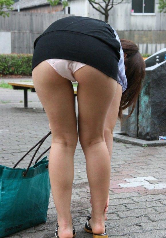 パンツ ミニスカ パンチラ 街撮り エロ画像【21】