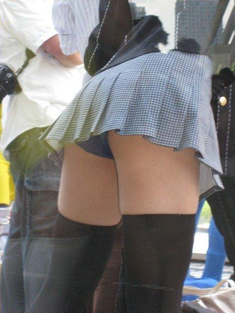 パンツ ミニスカ パンチラ 街撮り エロ画像【36】
