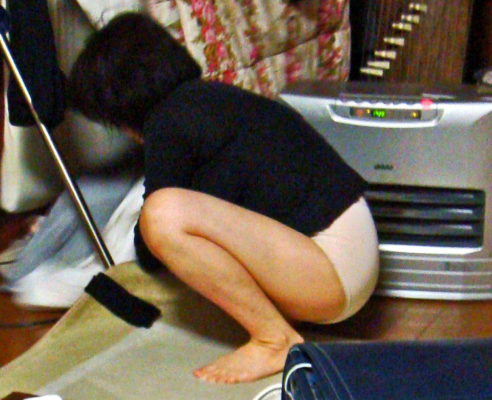 こたつ ヒーター 暖房器具 冬 家庭内 エロ画像【32】