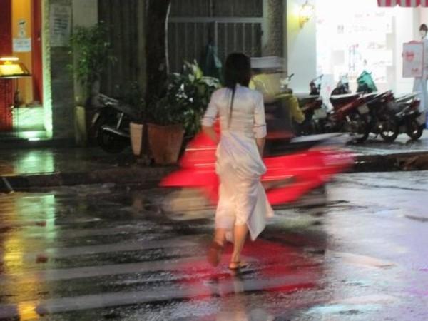 民族衣装 アオザイ ベトナム人 下着 透け エロ画像【3】