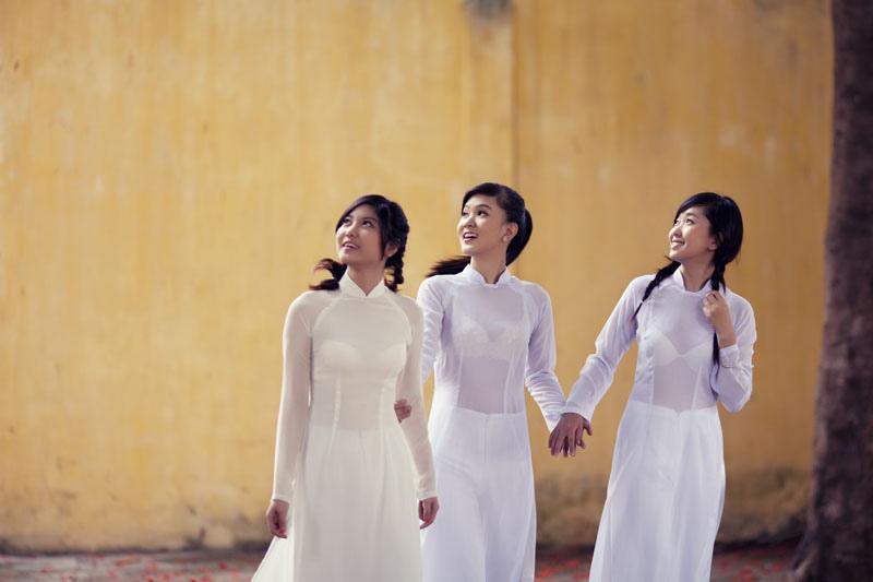 民族衣装 アオザイ ベトナム人 下着 透け エロ画像【4】