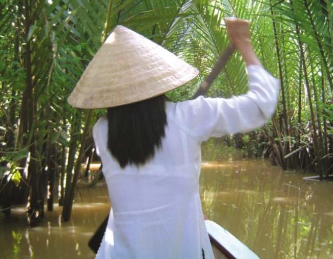 民族衣装 アオザイ ベトナム人 下着 透け エロ画像【13】