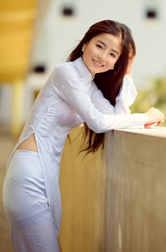民族衣装 アオザイ ベトナム人 下着 透け エロ画像【31】