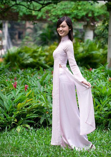 民族衣装 アオザイ ベトナム人 下着 透け エロ画像【33】