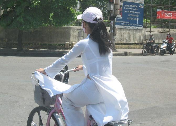 民族衣装 アオザイ ベトナム人 下着 透け エロ画像【42】