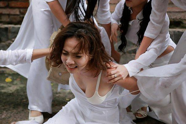 民族衣装 アオザイ ベトナム人 下着 透け エロ画像【53】