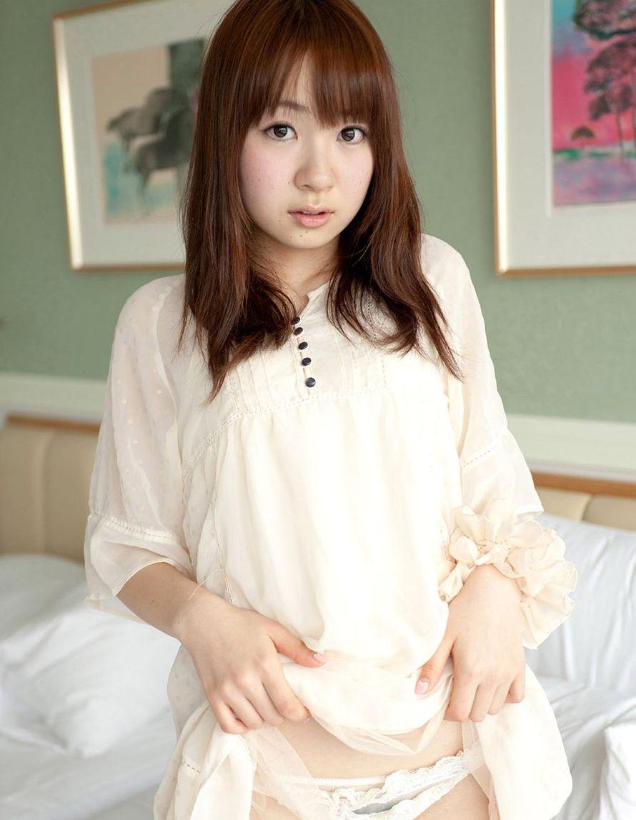 丸顔 タヌキ顔 可愛い 童顔 美女 エロ画像【3】