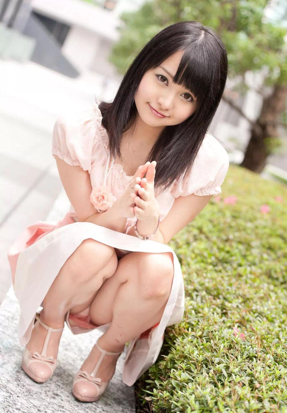 丸顔 タヌキ顔 可愛い 童顔 美女 エロ画像【37】