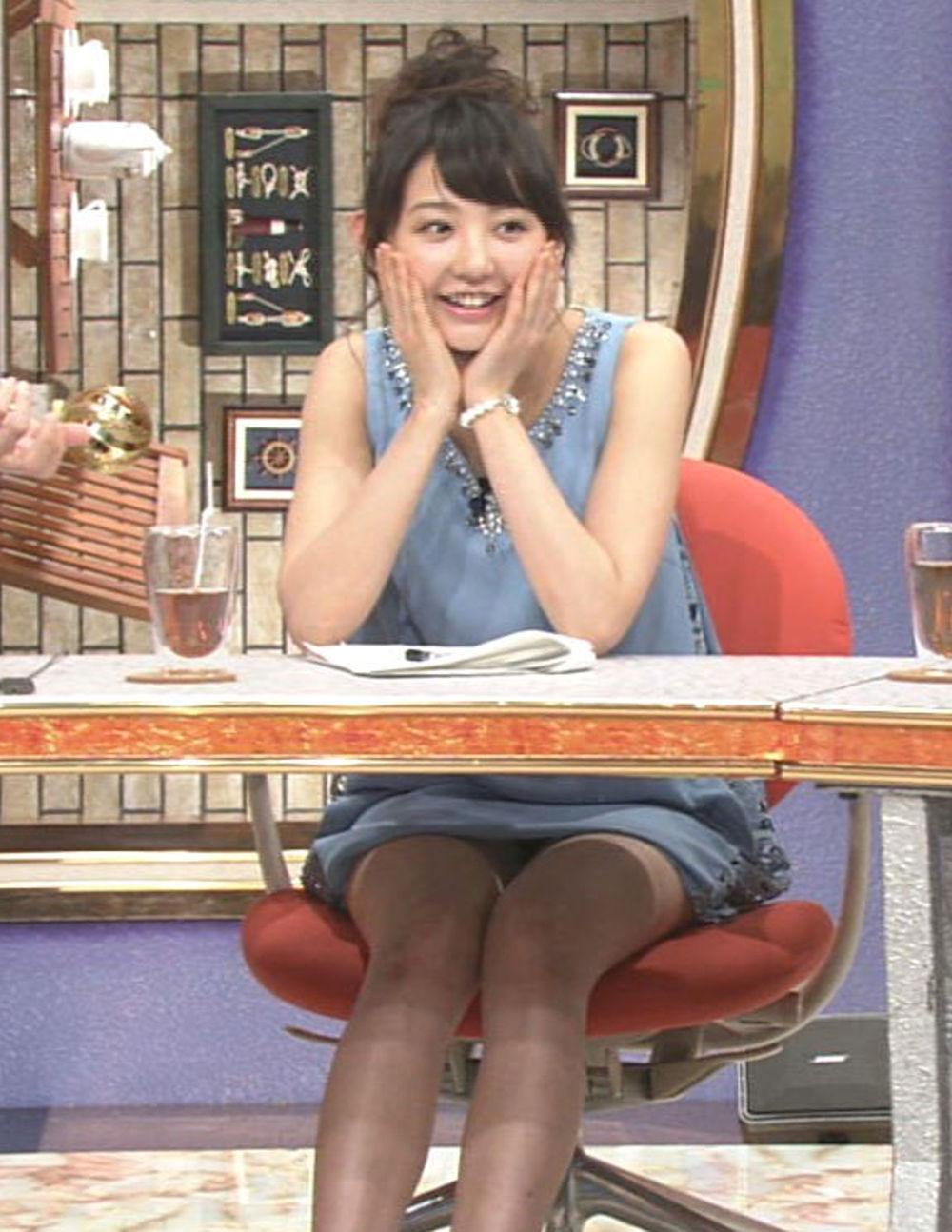 丸顔 タヌキ顔 可愛い 童顔 美女 エロ画像【40】