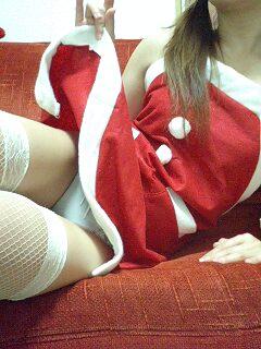 サンタ クリスマス 胸チラ パンチラ エロ画像【10】