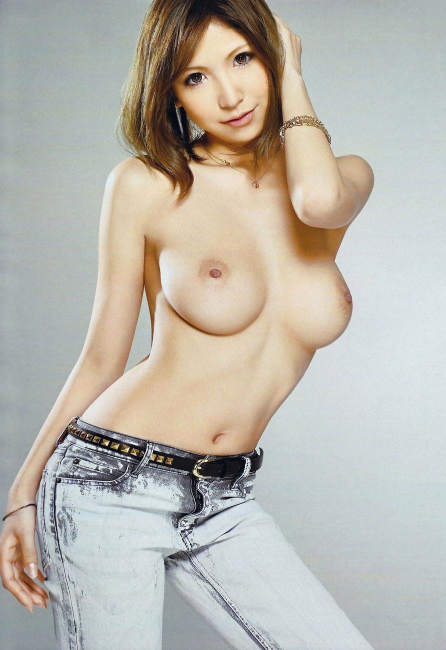 白ギャル 巨乳 大きい 白乳 おっぱい エロ画像【6】
