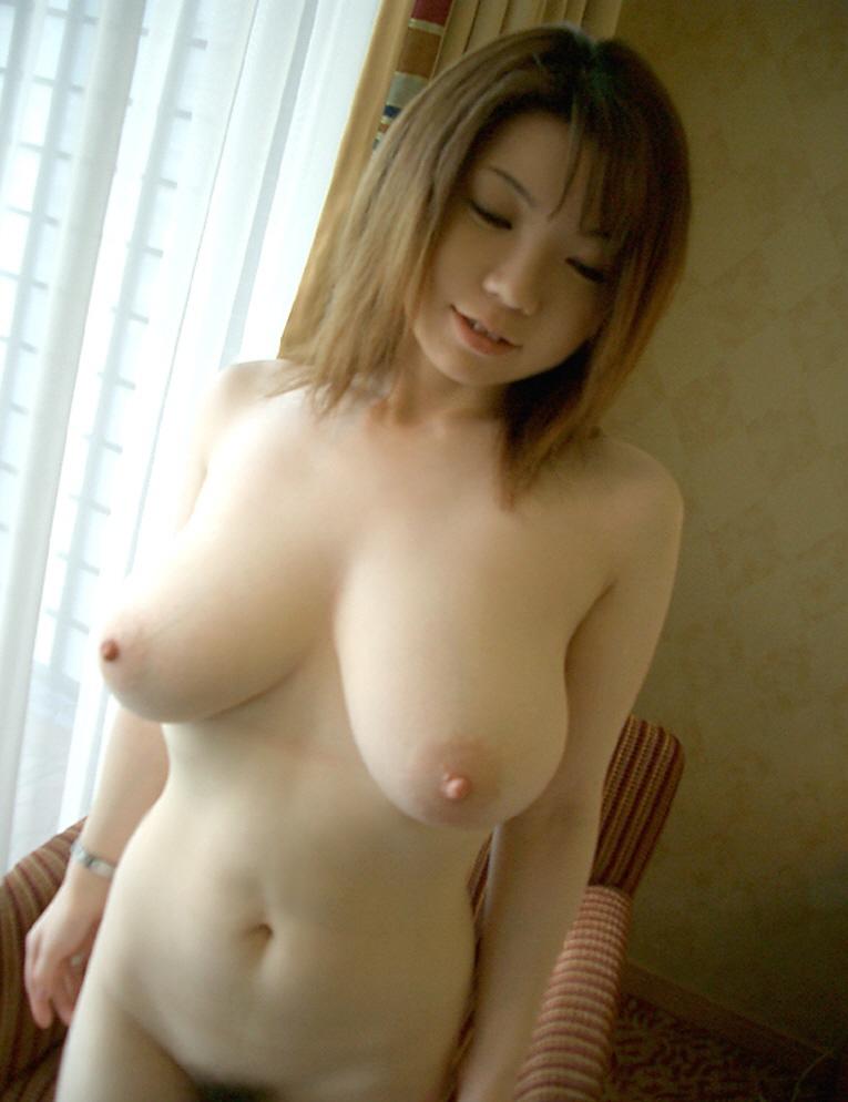 白ギャル 巨乳 大きい 白乳 おっぱい エロ画像【63】