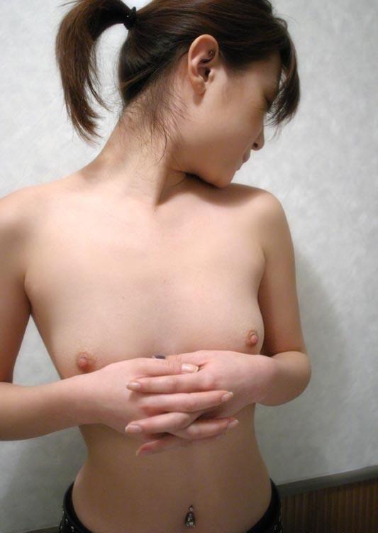 貧乳 おっぱい 鳩胸 エロ画像【18】