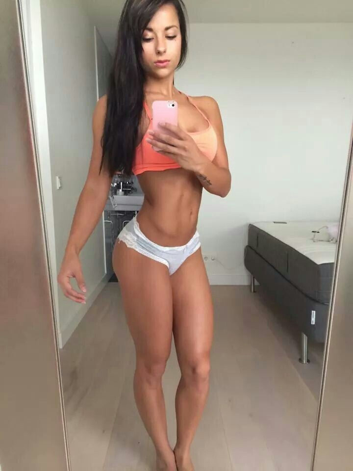 腹筋 筋肉 美しい 外国人 美女 自撮り エロ画像【24】