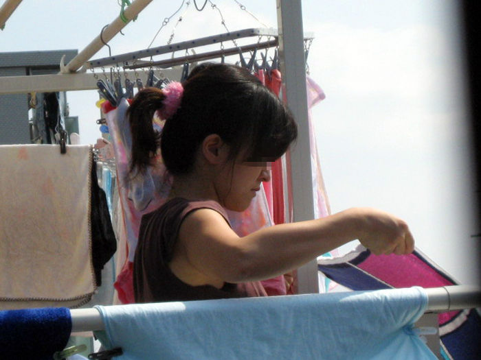 専業主婦 炊事 洗濯 掃除 家庭内 働く女性 エロ画像【4】