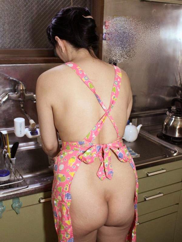 専業主婦 炊事 洗濯 掃除 家庭内 働く女性 エロ画像【26】