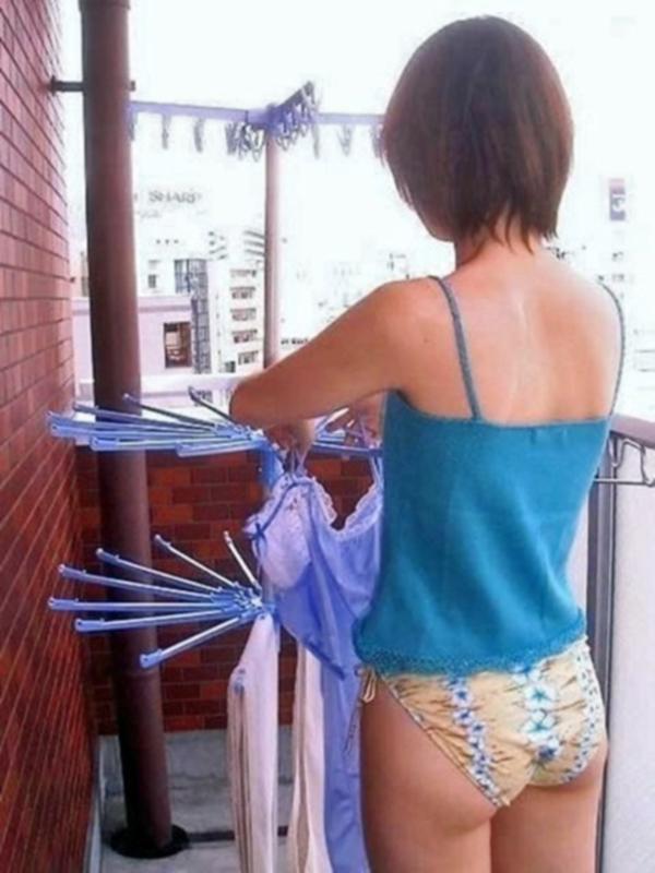 専業主婦 炊事 洗濯 掃除 家庭内 働く女性 エロ画像【30】