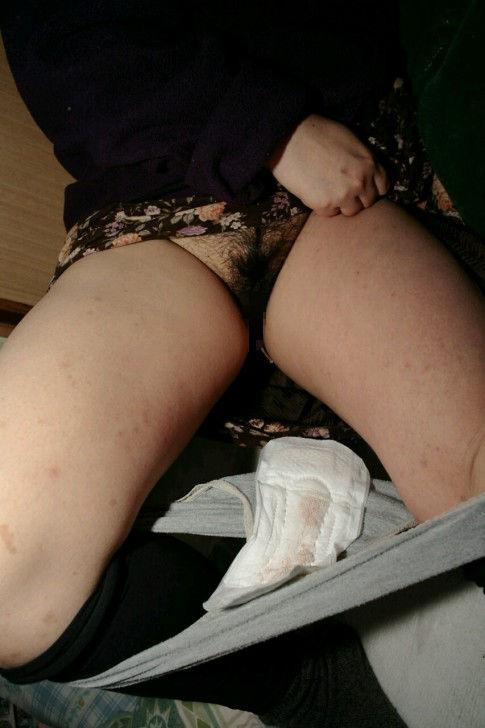 生理中 まんこ セックス 生々しい エロ画像【22】