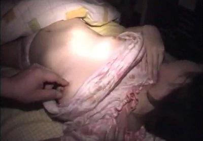 近くに住んでる美人が寝静まった頃にアパートに侵入してパジャマで寝てるとこを犯す!!