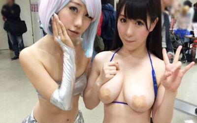 乳首に前貼りしてるニプレスコスプレイヤーのエロ画像 ②