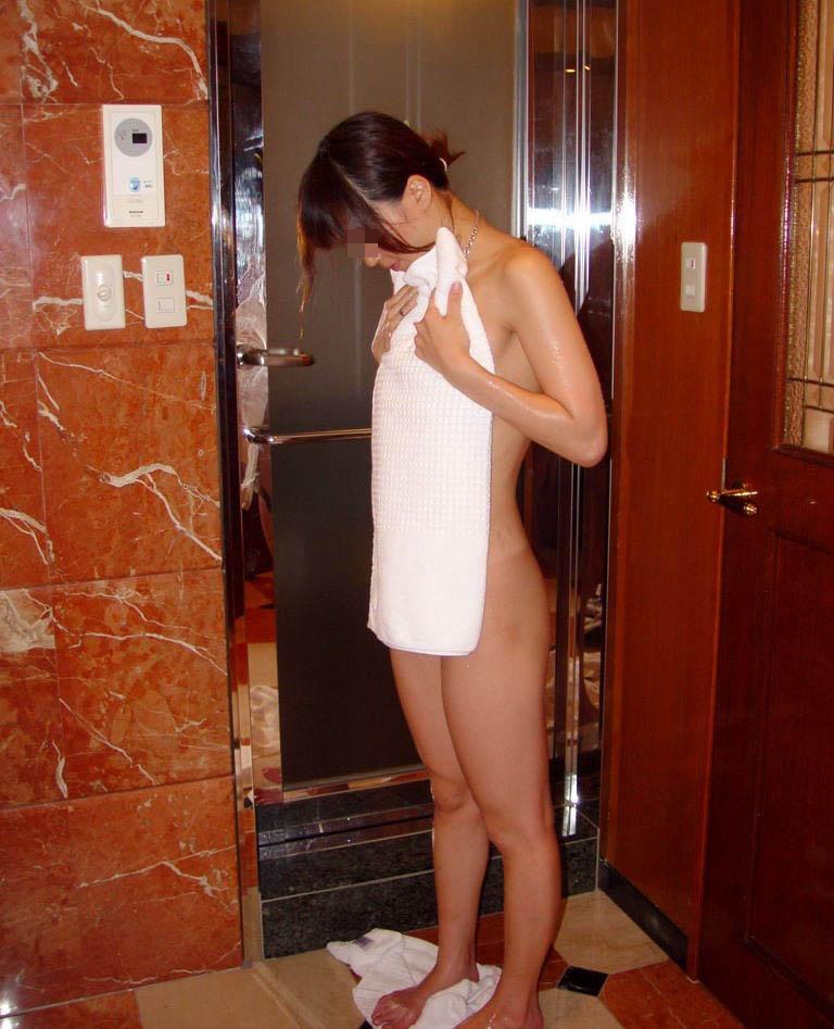 ギャル ホテル 裸の写真 エロ画像【19】