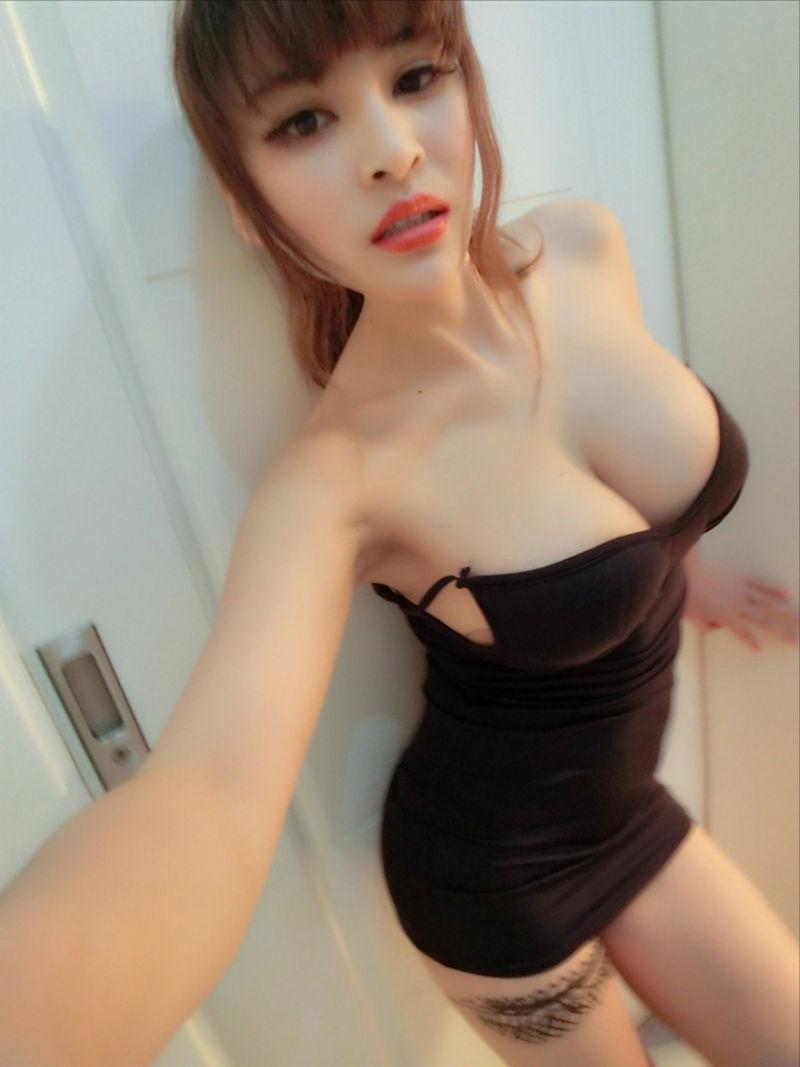 おっぱい 着衣 巨乳 中国人 エロ画像【35】