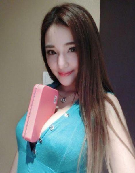 おっぱい 着衣 巨乳 中国人 エロ画像【42】