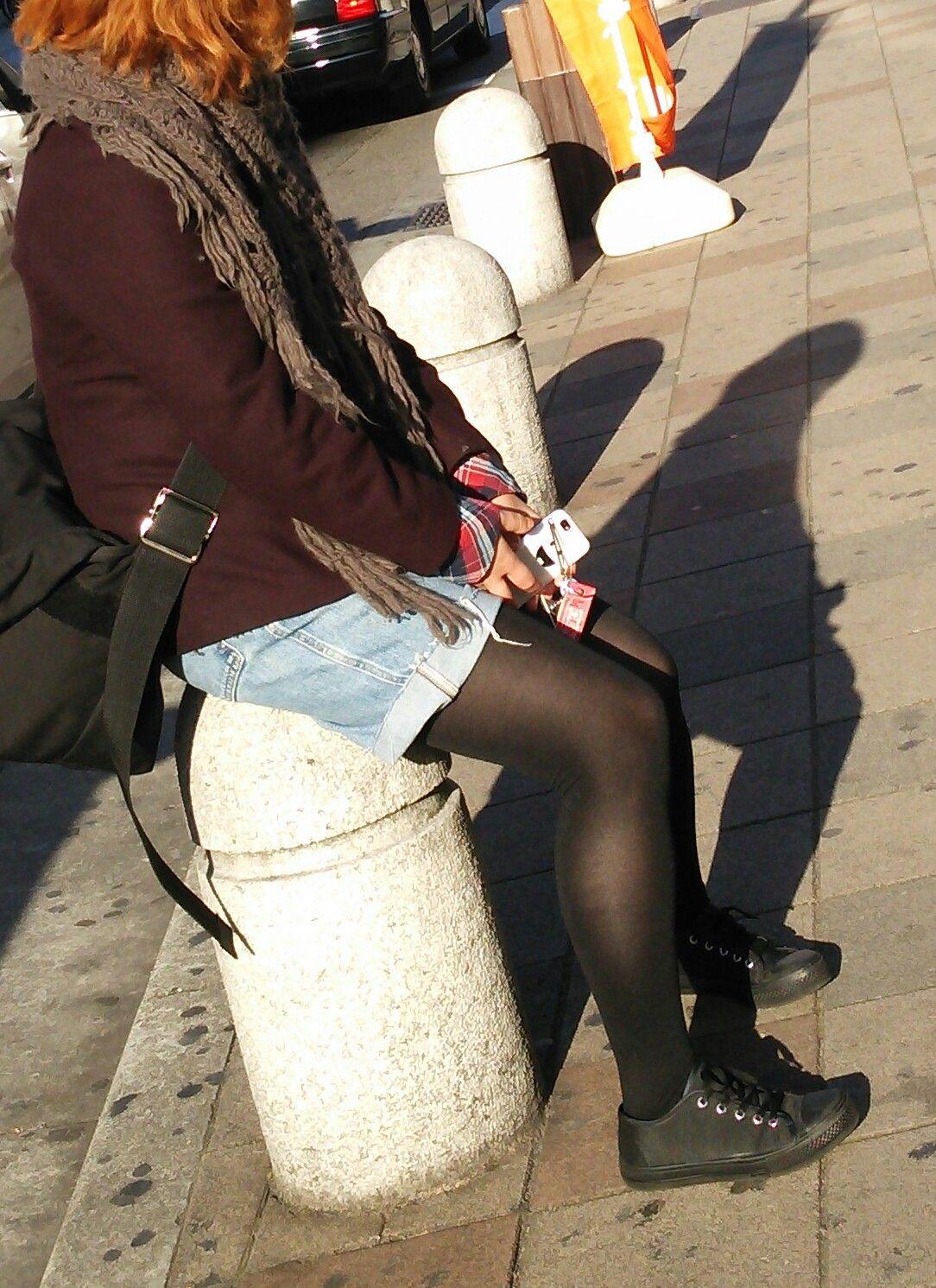 パンスト タイツ ショートパンツ 冬 太もも 街撮り エロ画像【5】