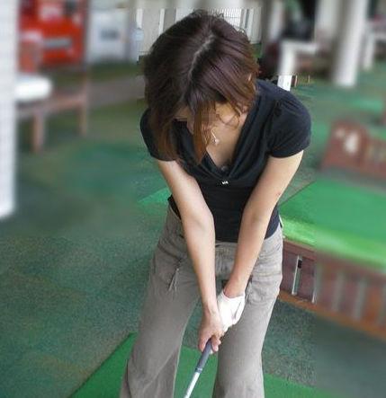 ゴルフ おっぱい スポーツ 胸チラ エロ画像【11】