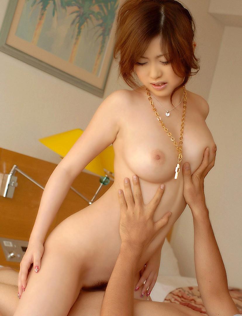 ピンク乳首 セックス ハメ撮り エロ画像【4】