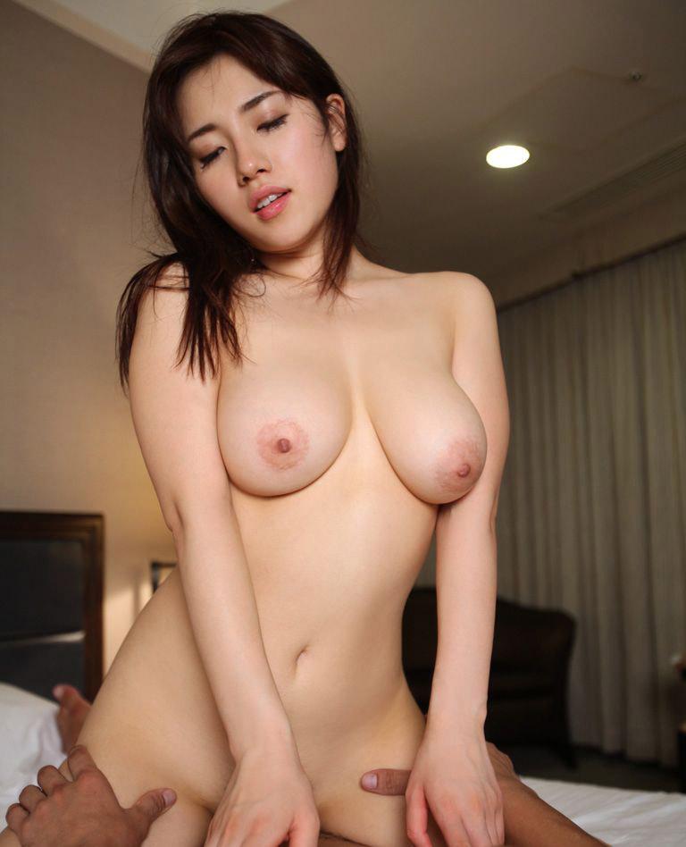ピンク乳首 セックス ハメ撮り エロ画像【10】