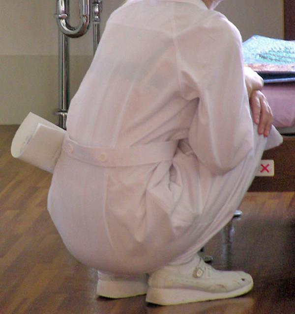 店員 ナース OL 働く女性 透けブラ エロ画像【5】