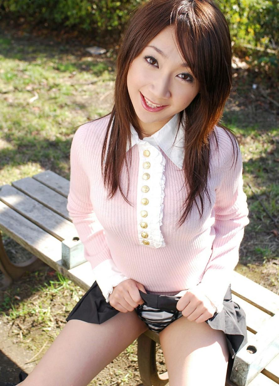 美女 可愛い 私服 エロ画像【39】