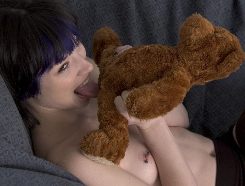 ぬいぐるみ 美女 可愛い エロ画像【23】