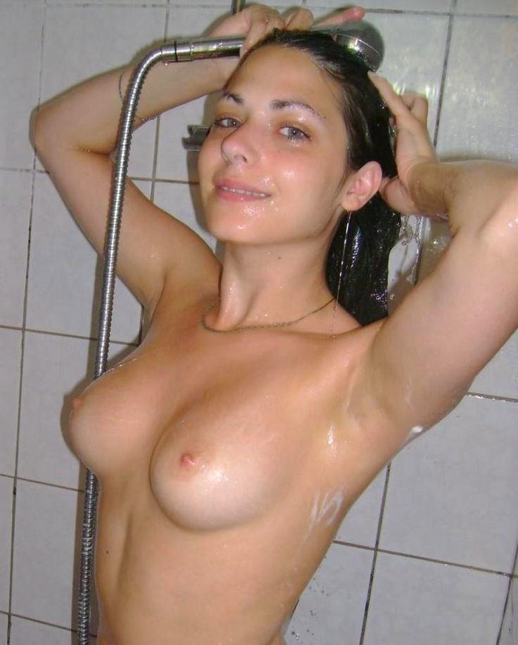 お風呂 頭 洗う 外国人 セクシー 洗髪 エロ画像【36】