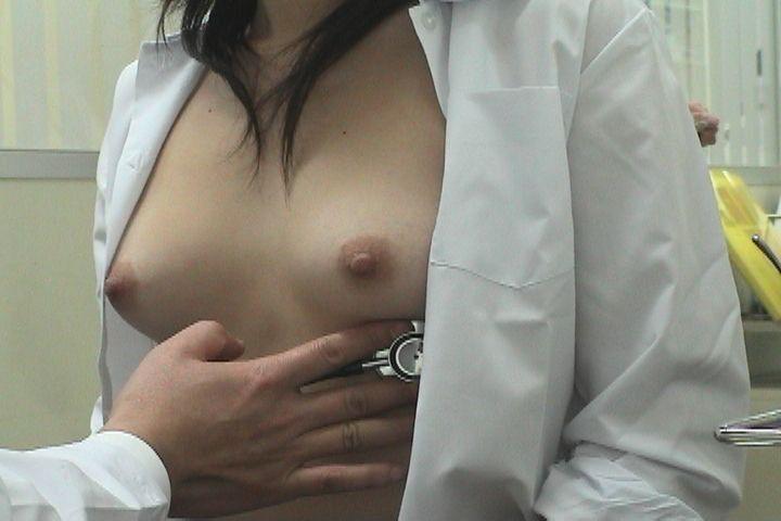 おっぱい 診察 内科 先生 エロ画像【28】