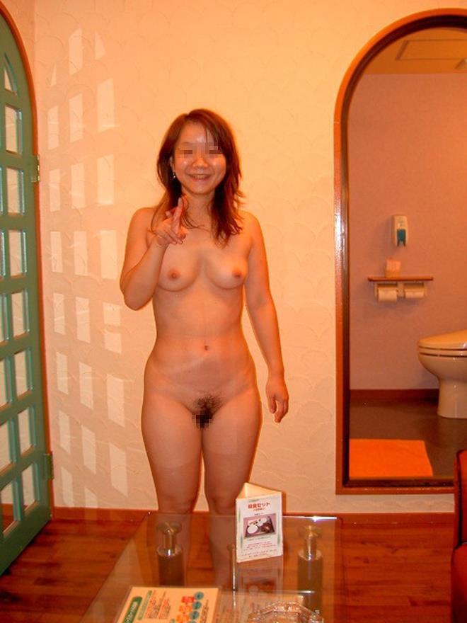 熟女 イェイ ピース おばさん エロ画像【25】