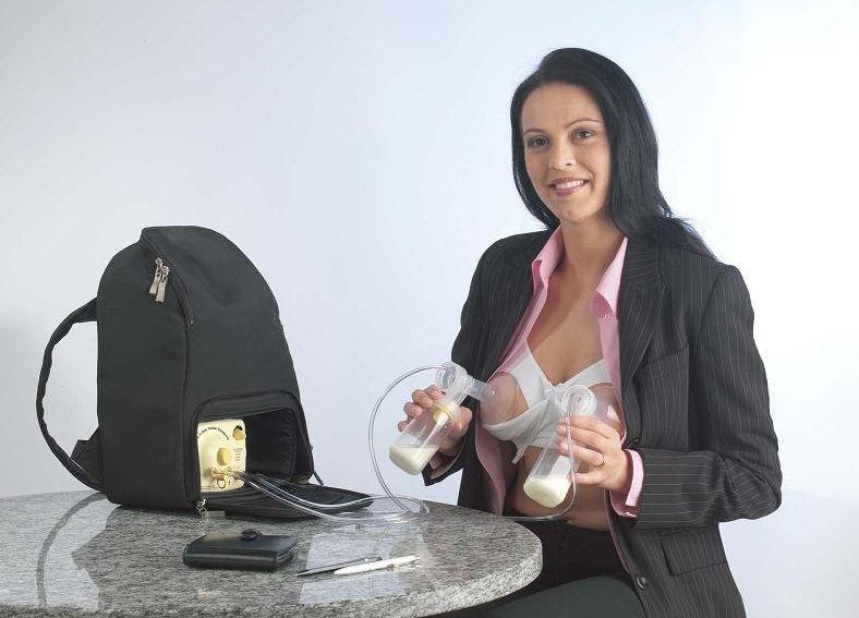 ママの母乳を搾乳器で絞り取るミルキング画像集