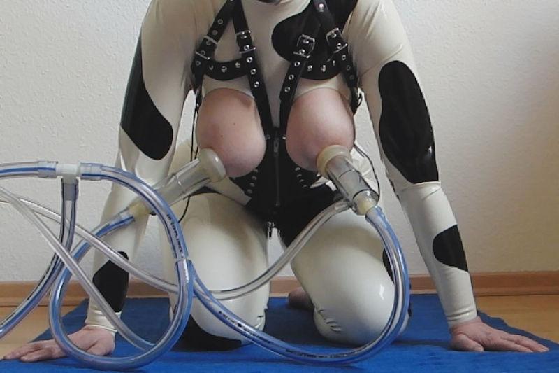 ママ 母乳 搾乳器 絞る ミルキング エロ画像【27】