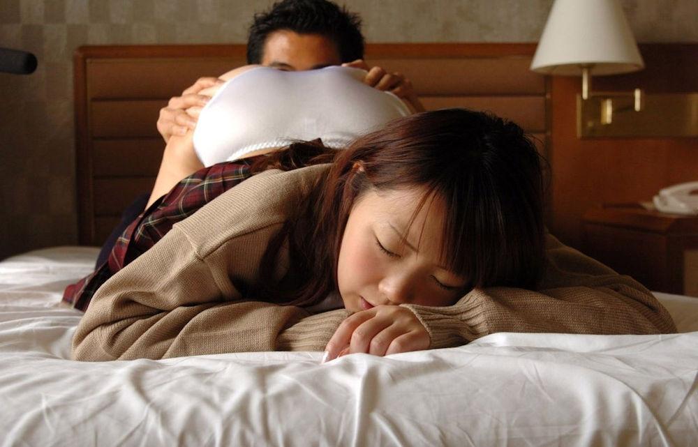 JK まんこ 舐める クンニ エロ画像【43】