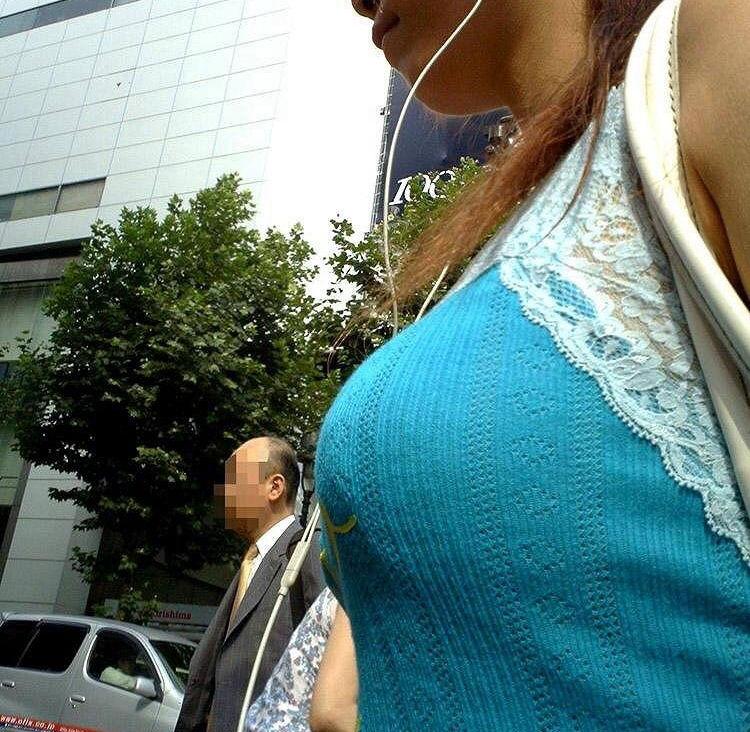 キャミ ボイン 巨乳 キャミソール エロ画像【35】