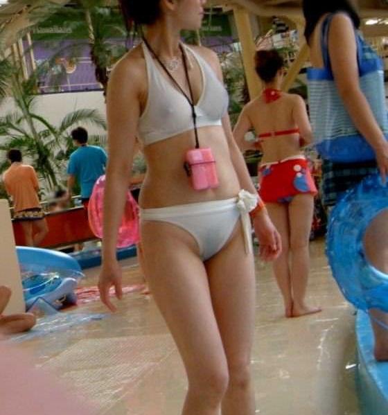 乳首 ポチ 透ける 水着 胸ポチ エロ画像【31】