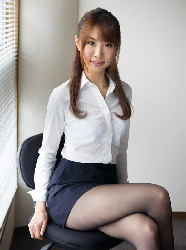 アイドル的 ロリ顔 OL エロ画像【17】