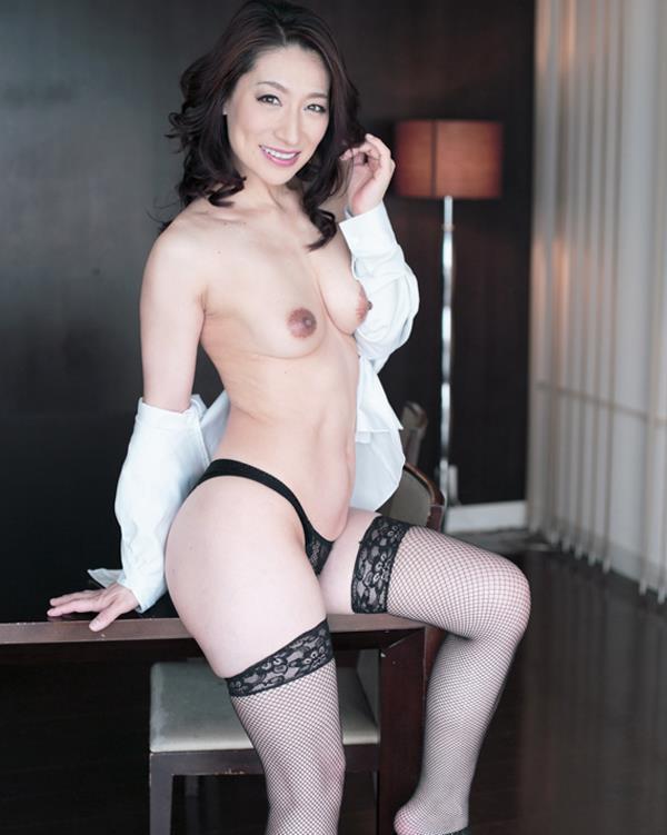 おつぼね 熟女 OL 制服 おばさん 社員 エロ画像【4】