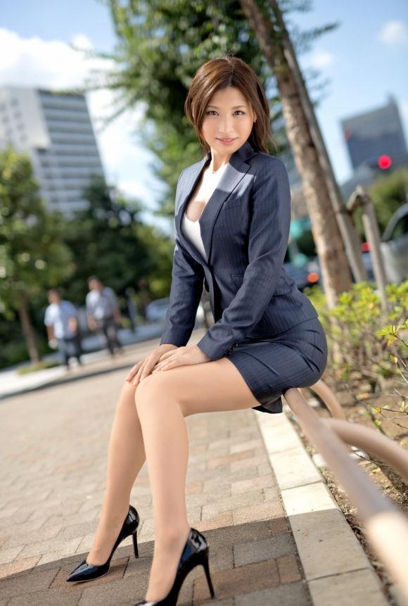 美人 綺麗 OL エロ画像【54】