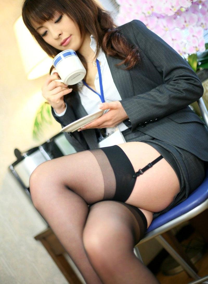 美人 綺麗 OL エロ画像【67】