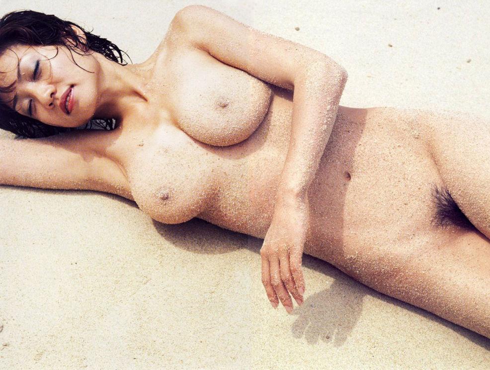 細川ふみえ 全裸 熟女 芸能人 おばさん ヌード エロ画像【2】