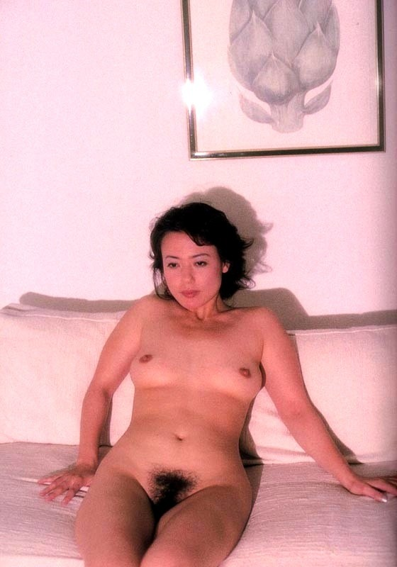 杉田かおる 全裸 熟女 芸能人 おばさん ヌード エロ画像【24】