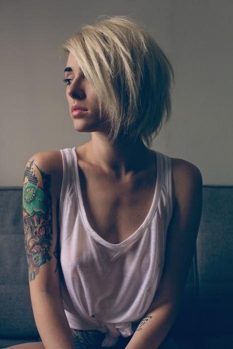 ノーブラ タンクトップ 外国人 透け 乳首 エロ画像【23】