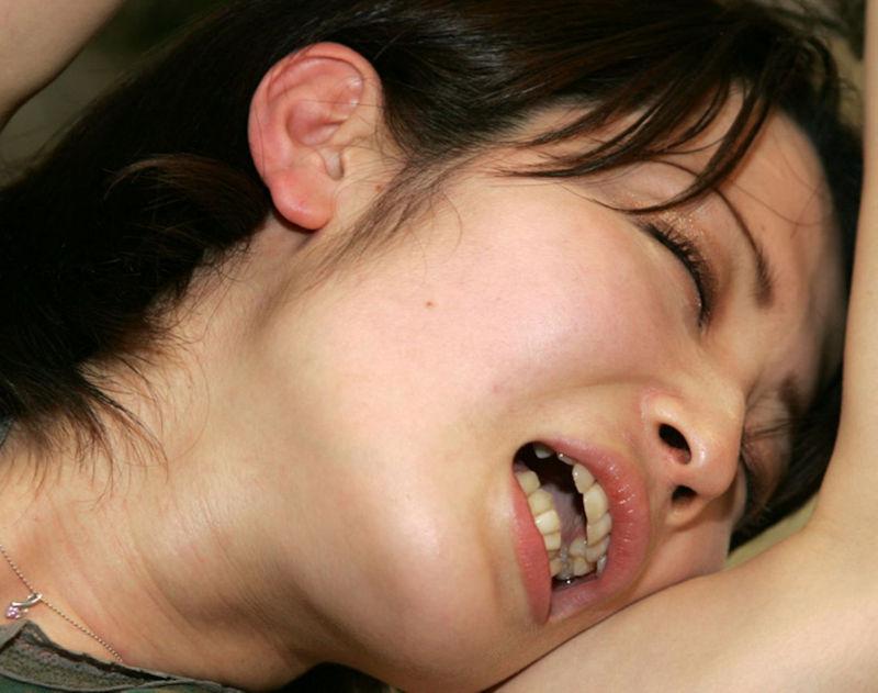 イク女 接写 アへ顔 イキ顔 ドアップ エロ画像【35】